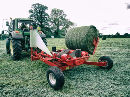 Bale Wrappers - VICON BW 2400, trailed wrapper produced for smaller tractors and is very ease to operate