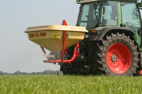 pendulum spreaders - Vicon SuperFlow 604-1654, versitale spreader for vineyards, smaller farms and golf courses with different options in hoppers