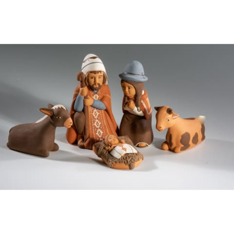 FVN512M Andean Nativity Mary and Joseph with baby Jesus and two cows
