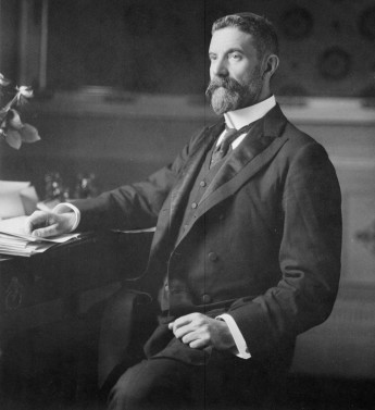 Alfred Deakin c.1901. National Library of Australia, nla.pic-an23302919