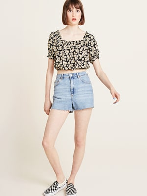 Black Daisy Print Yasmin Bardot Crop Top