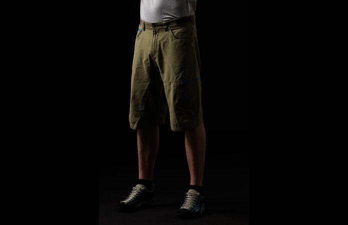 Norrøna shorts i økologisk bomull for klatring og buldring