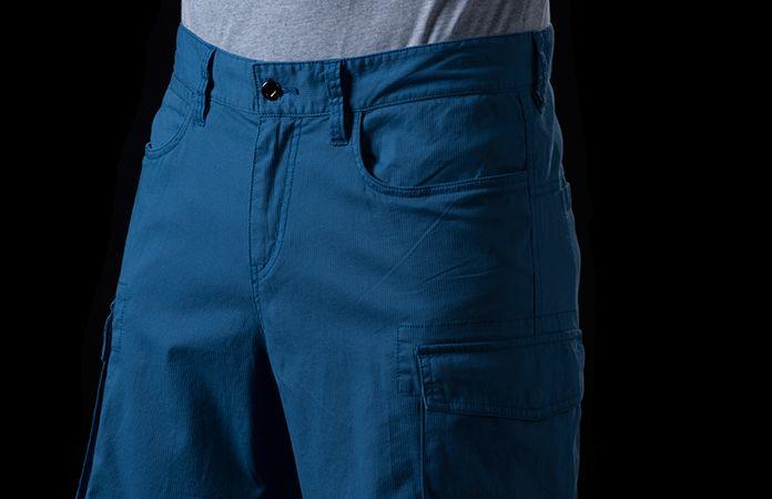 Norrona /29 cargo shorts for men - active lifestyle