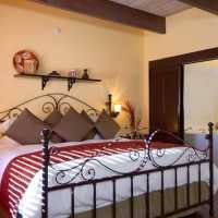 a bedroom AT SEDONA VIEWS B&B