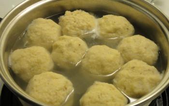 Julie's Bubbie's Matzah Balls
