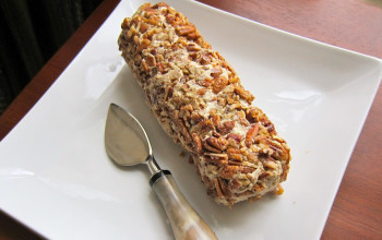 Blue Cheese and Pecan Cheese Log