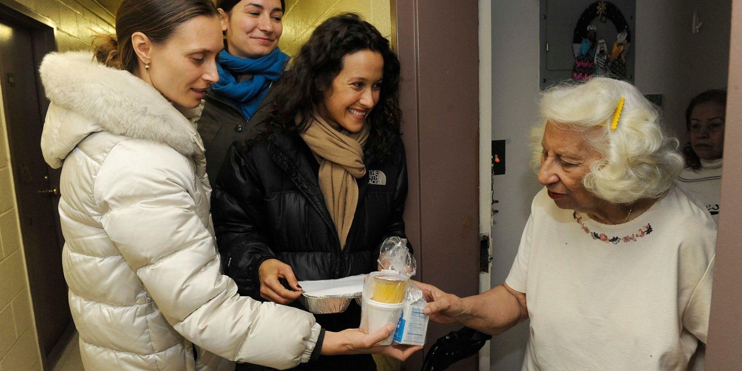 Deliver Hot Meals & Warm Visits to Homebound Seniors