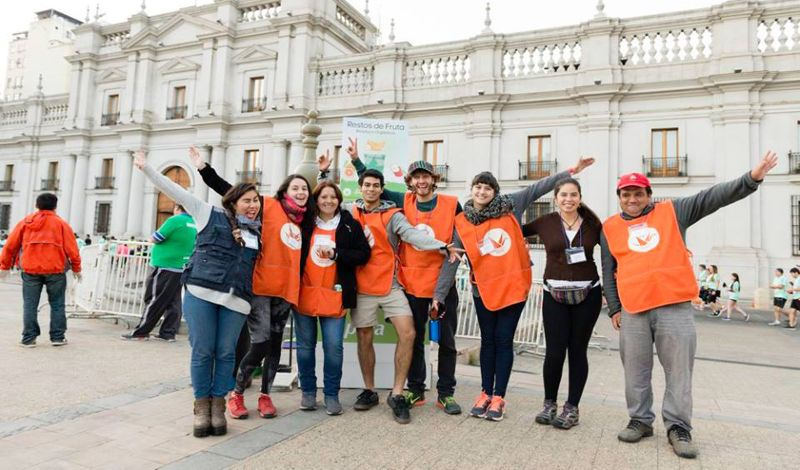 Fundacion Basura: Santiago Walking Tour: Explore Multicultural Neighborhoods