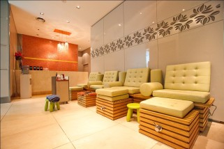 The Oasis Spa Package, Facial and Massage - 1.5 Hours