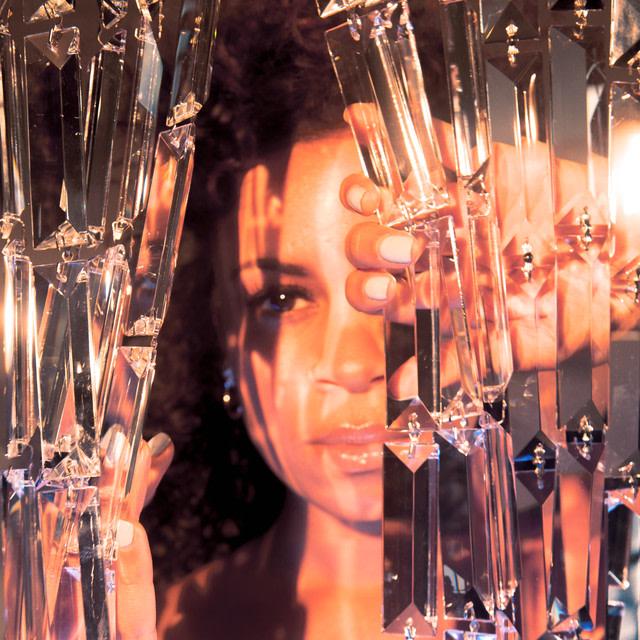 AlunaGeorge - Champagne Eyes album artwork