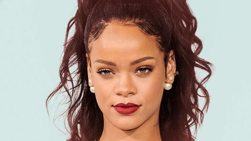1a9103b2e66 Charting Black Excellence | Rihanna & the Super Bowl's declining ...