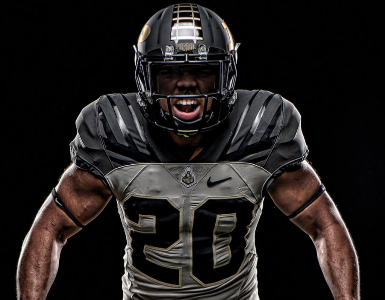 c1e05a12f GoldandBlack.com - Purdue s new uniform design took time