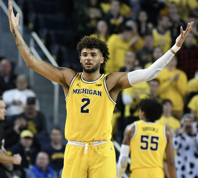 Thewolverine Michigan Wolverines Basketball Howard