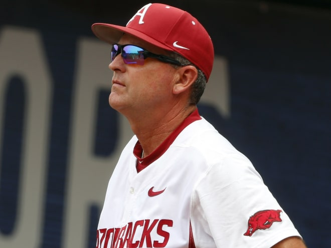 Hogs fall in both games of doubleheader with Bulldogs