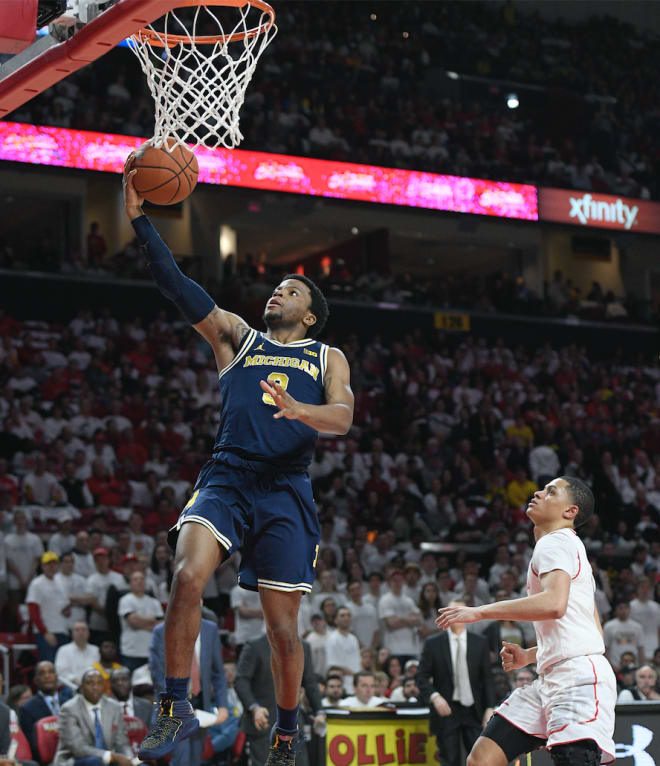 Michigan Wolverines basketball's Zavier Simpson averaged 12.9 points and 7.9 assists per game as a senior.