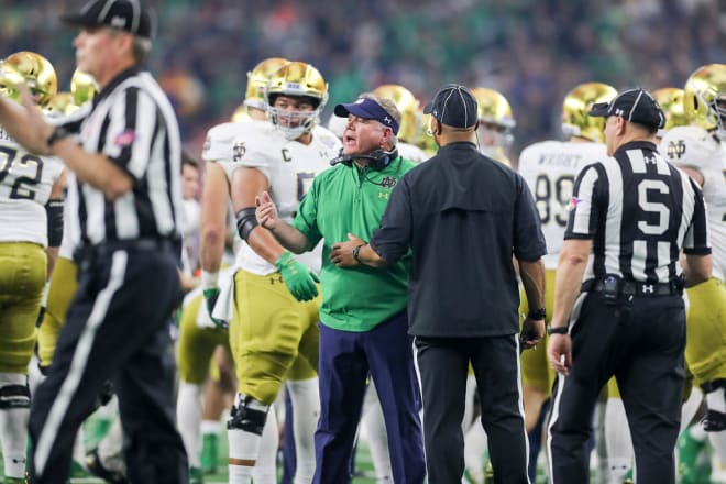 BlueAndGold - What Needs To Happen For Notre Dame To Make A New Year's Six Bowl?