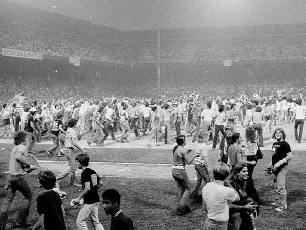 Kessinger locked his players in the clubhouse during the hectic portion of Disco Demolition Night.