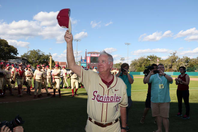 FSU coach Mike Martin acknowledges the fans after his 1,900th career victory on Sunday.