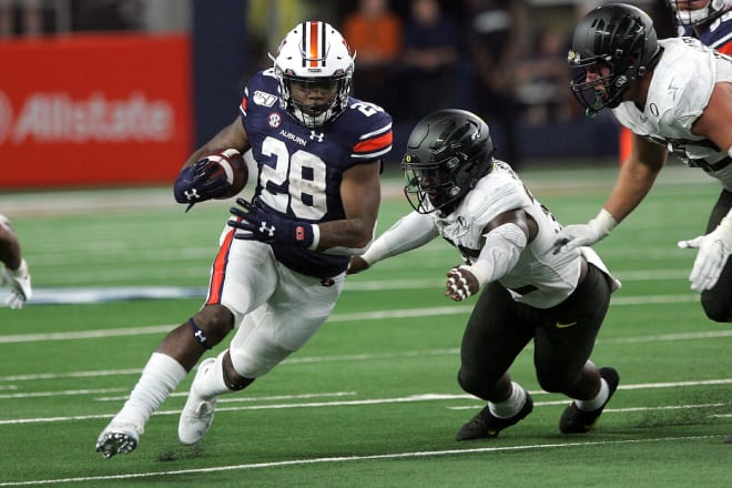 AuburnSports - Whitlow out at Auburn
