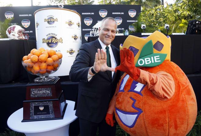 Mark Richt (left) and Obie the Orange