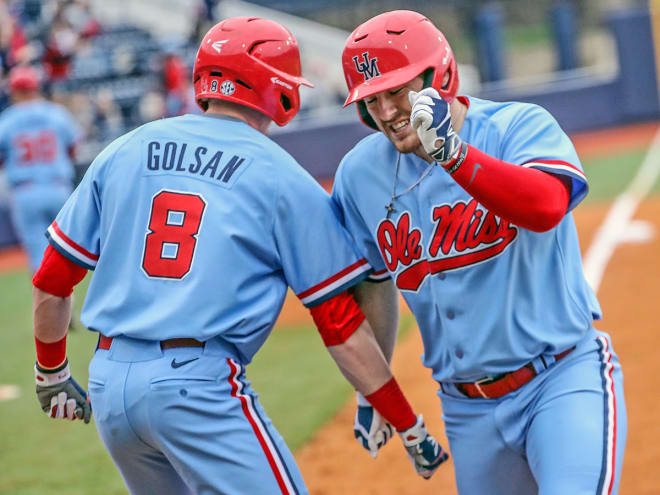 SC holds off Ole Miss, advances to play Arkansas