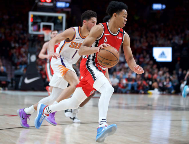 Anfernee Simons (right)
