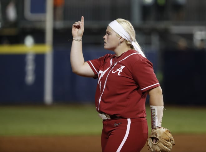 Walk off lifts Alabama Crimson Tide softball past No. 1 Oklahoma