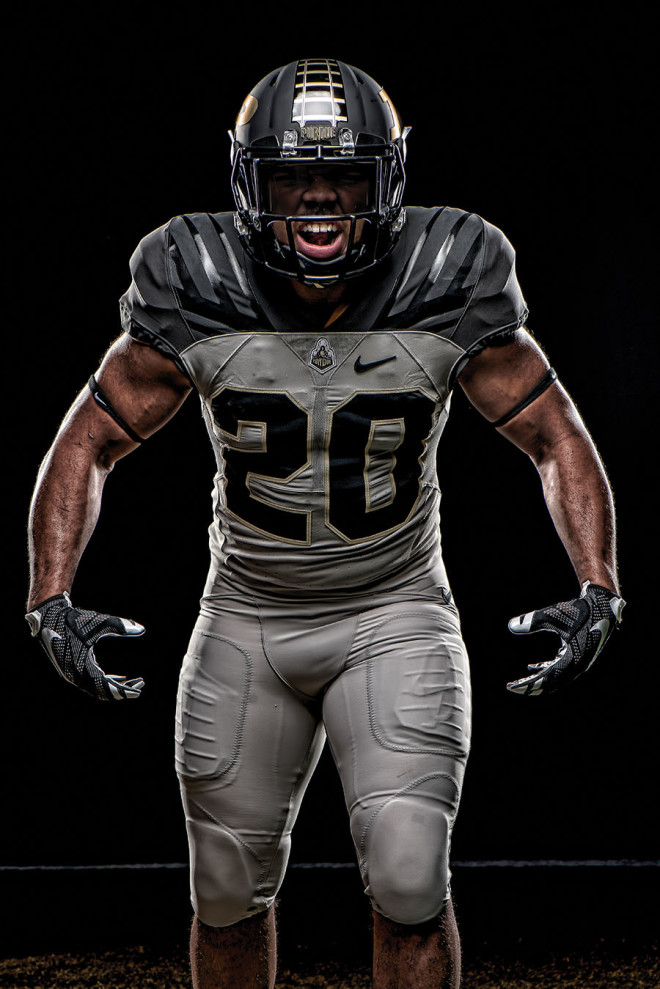 bd83b11ca69 GoldandBlack.com - Purdue s new uniform design took time