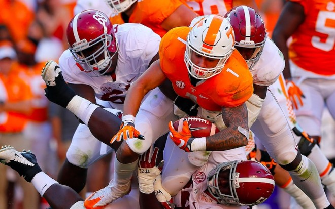 Watch Alabama fans brawl during 45-7 win over Tennessee