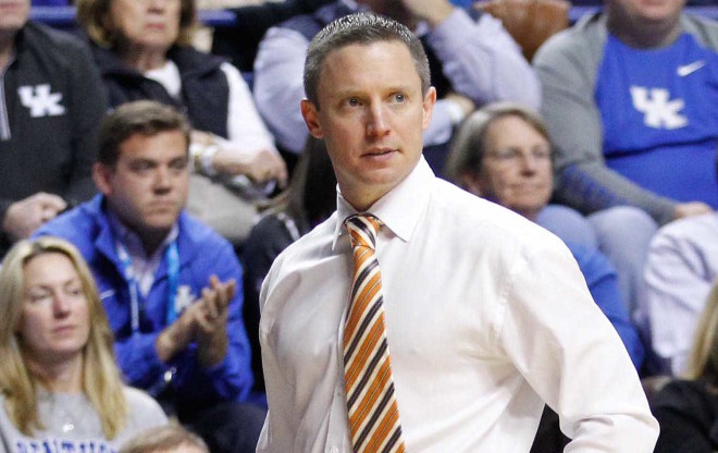 Gators looking for rare sweep of Kentucky