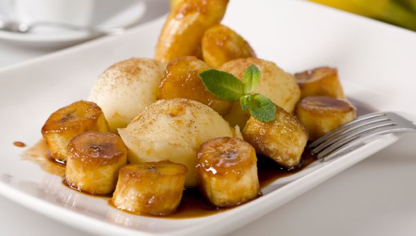 Diabetes friendly comfort foods diabetes type 2 sharecare hot pineapple and bananas with ice cream forumfinder Image collections