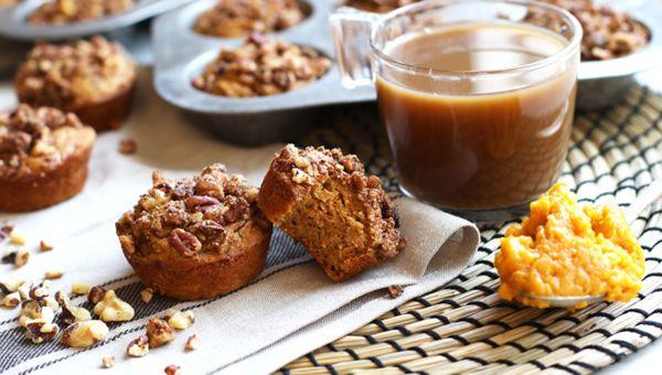 Pumpkin crunch muffins