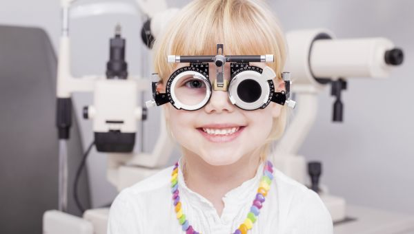 9 Warning Signs Your Child Has Vision Problems