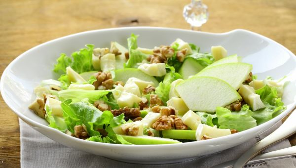 Green Salad with Walnuts Recipe