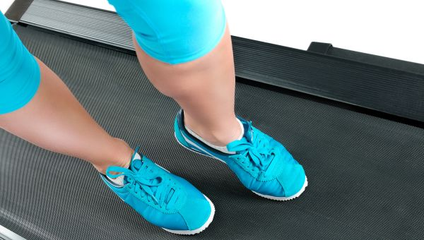 7 Secrets for Sticking to Your Walking Goal from Leslie Sansone