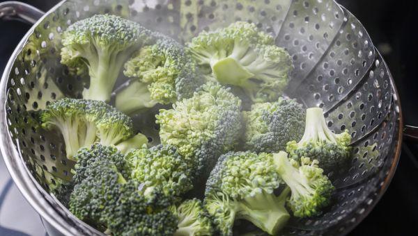Steamed Veggies or Raw Veggies for Healthy Cholesterol?