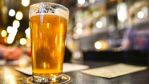 Study Finds Heavy Drinking May Increase Risk for Dementia