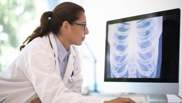 Understand Lung Cancer Treatment With This Glossary of Terms