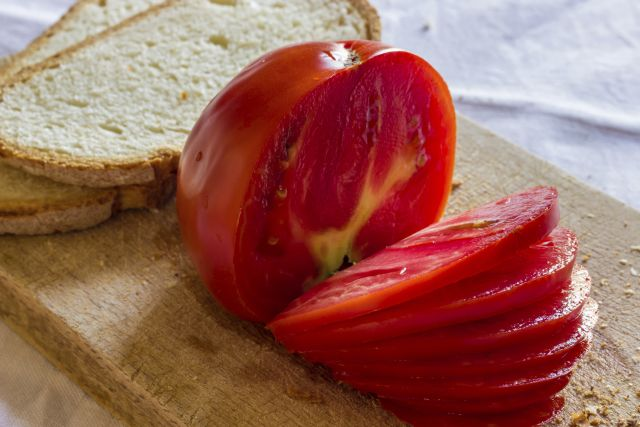 Do Tasty Tomatoes Lower Cholesterol and Triglycerides?