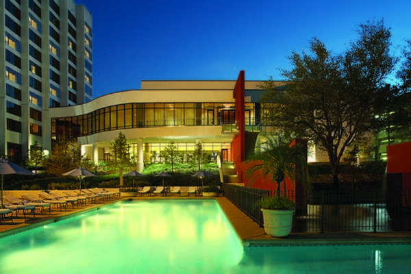 20% Off Your Escape to the Omni Houston Hotel in Uptown