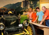 Estes-Park-Museum_Stanley-Steamer