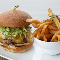 Burg-hamburger-Girls Out