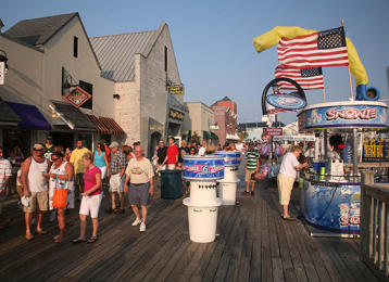 Myrtle Beach Activities | Broadway at the Beach Shopping