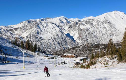 June Mountain skier