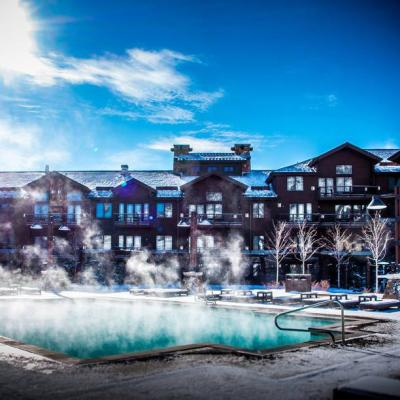Waldorf Park City Pool