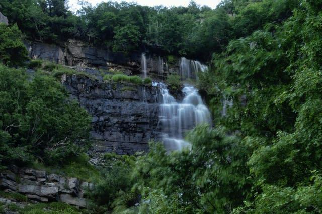 Timpooneke Waterfall