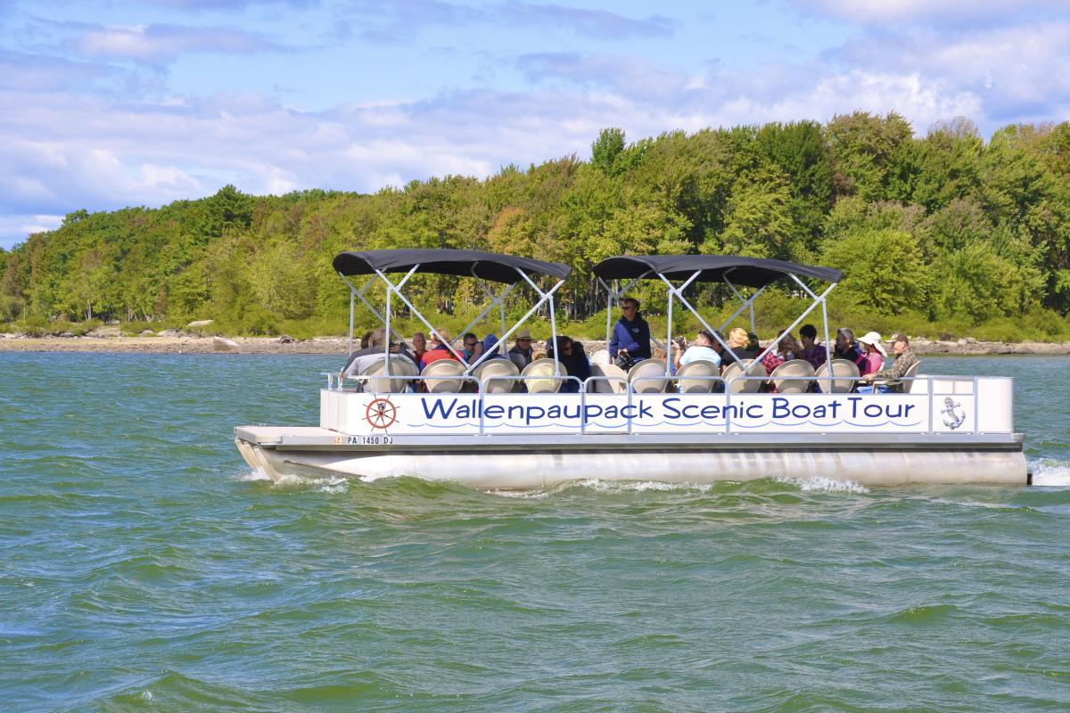 Wallenpaupack Scenic Boat Tours on Lake Wallenpaupack