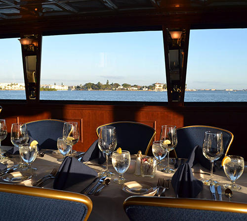 Save over 20% on Adult Cruise Admission on a StarLite Dining Cruise.