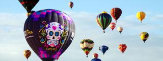 Muerto Balloon in Sky
