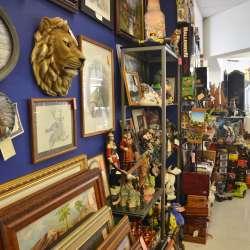 Antiques & Art Mall